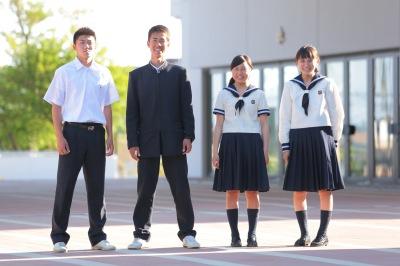 東洋大学附属姫路高等学校制服画像